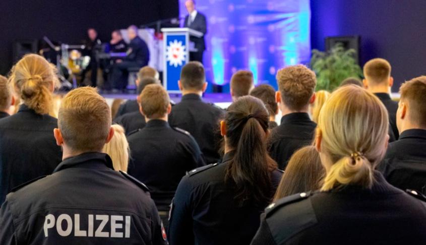 Neue Mitarbeiter in der Polizeidirektion