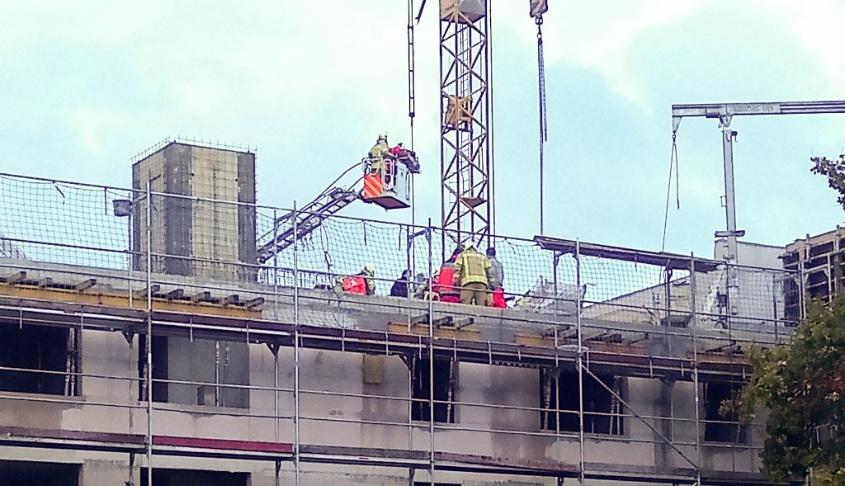 Bauarbeiter von Wand begraben